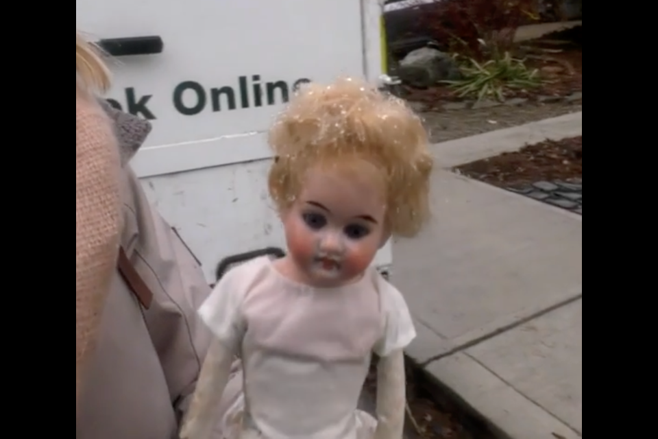 If you've seen enough movies, rooms full of old dolls can be extremely creepy.